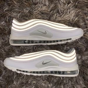 Nike Shoes - Nike Air Max 97 Reflect